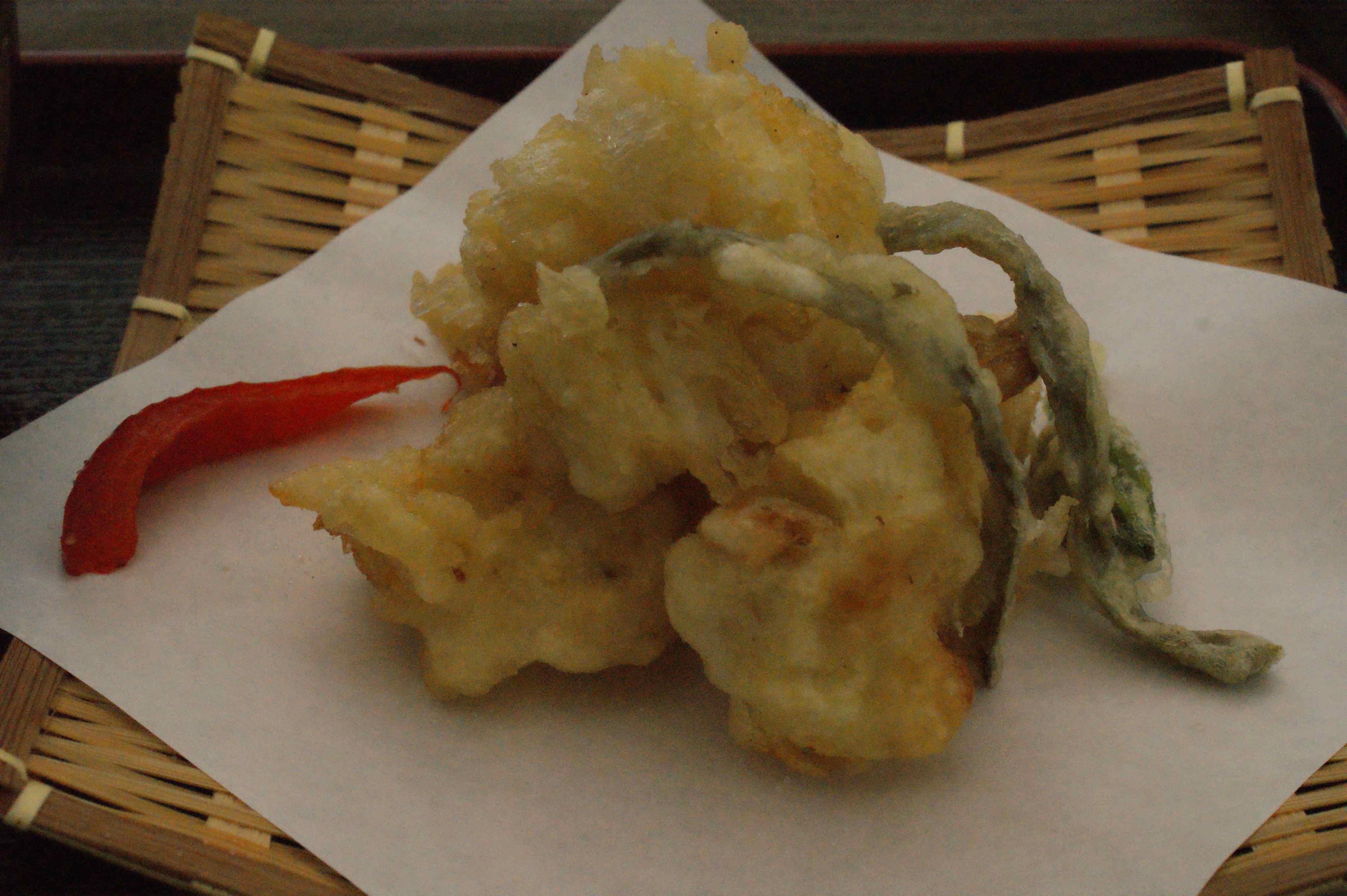 百合根と花の天ぷら